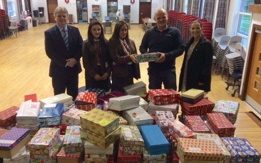 Charities Committee Shoebox Appeal 2016 : Record-breaking contribution