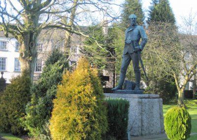Nicholson statue